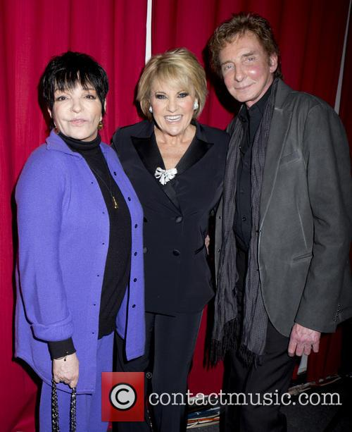 Liza Minnelli, Barry Manilow and Lorna Luft 1