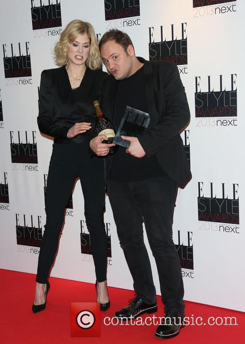 Rosamund Pike and Nicholas Kirkwood 2