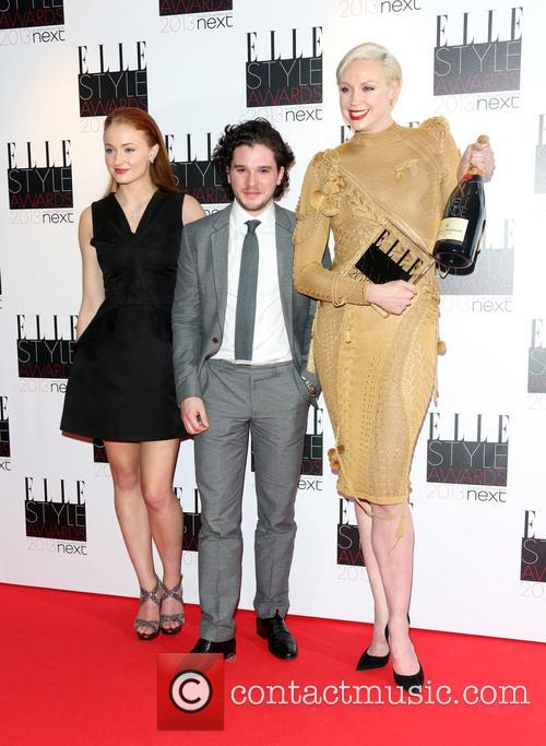 Sophie Turner, Gwendoline Christie and Kit Harington Accept The Best Tv Show Winner For Game Of Thrones