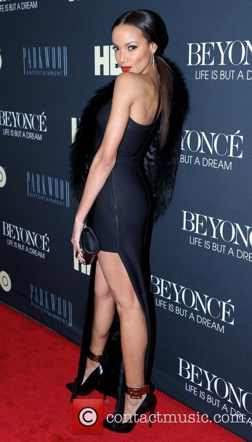 Selita Ebanks, Ziegfeld Theater