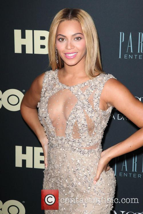 Beyonce at the Life Is But A Dream premiere
