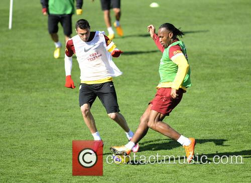 Didier Drogba training with Galatasaray
