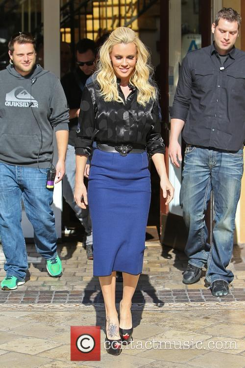 jenny mccarthy celebrities at the grove for 'extra' 3500455