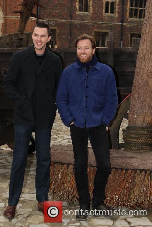 Nicholas Hoult and Ewan Mcgregor 4