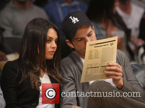 Mila Kunis and Ashton Kutcher 5