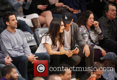Mila Kunis, Ashton Kutcher, Staples Center