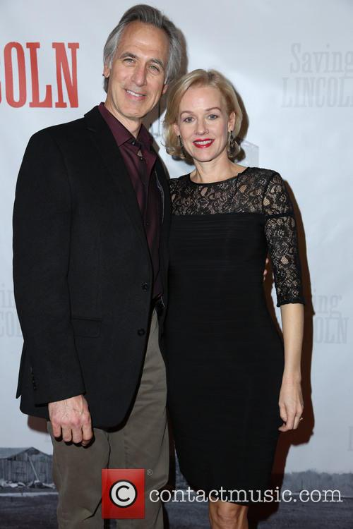 Tom Amandes and Penelope Ann Miller 2