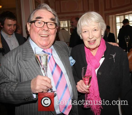 Ronnie Corbett and June Whitfield 1