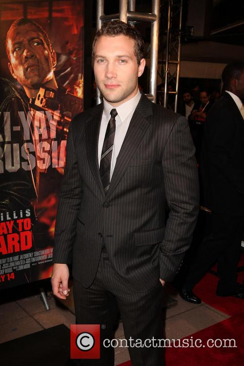 Jai Courtney 6