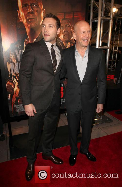 Jai Courtney and Bruce Willis 5