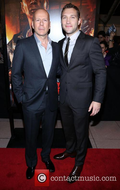 Bruce Willis and Jai Courtney 1