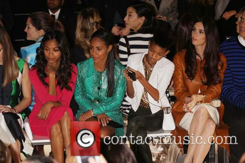 Zoe Saldana, Jada Pinkett Smith and Willow Smith 5