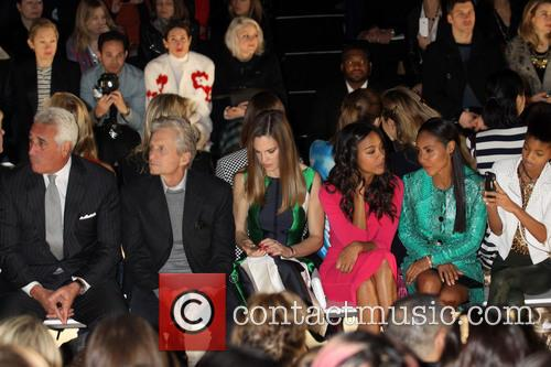 Zoe Saldana, Jada Pinkett Smith, Willow Smith, Michael Douglas and Hilary Swank 7