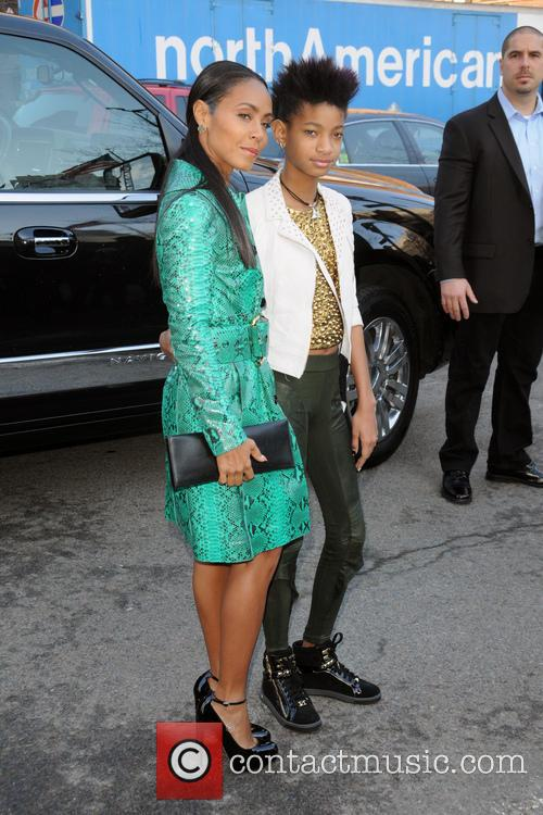 Jada Pinkett-Smith and Willow Smith 3