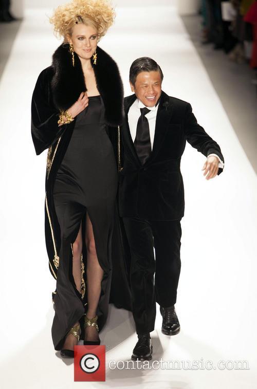 Zang Toi and Model 2