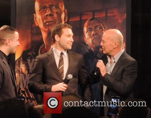 Jai Courtney and Bruce Willis 2