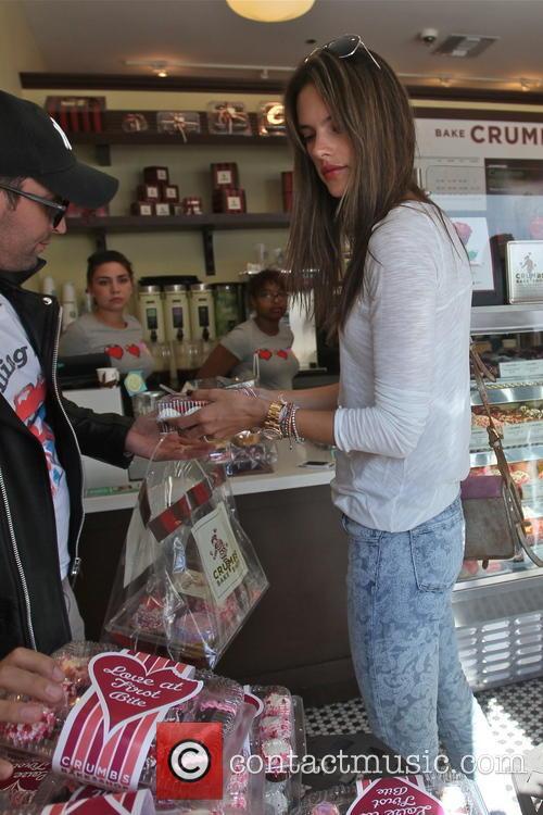 Alessandra Ambrosio and Jamie Mazur 11
