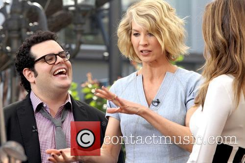 Jenna Elfman, Josh Gad and Maria Menounos 10
