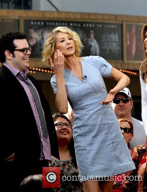 Jenna Elfman, Josh Gad and Maria Menounos 9
