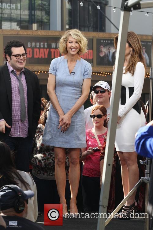 Jenna Elfman, Josh Gad and Maria Menounos 12