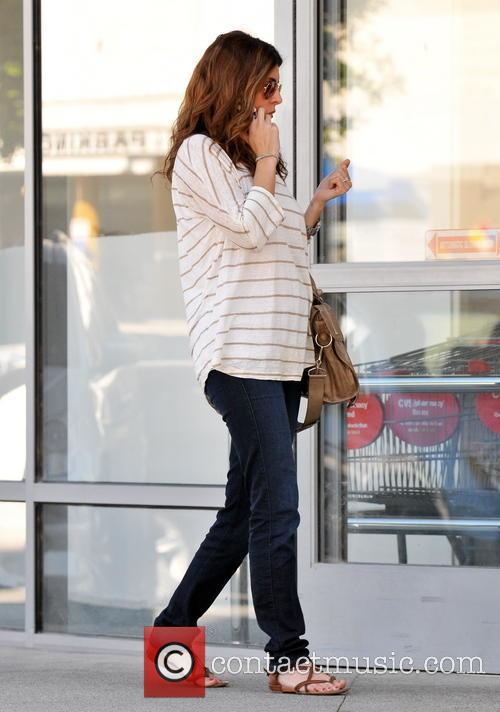 Pregnant Jamie-Lynn Sigler