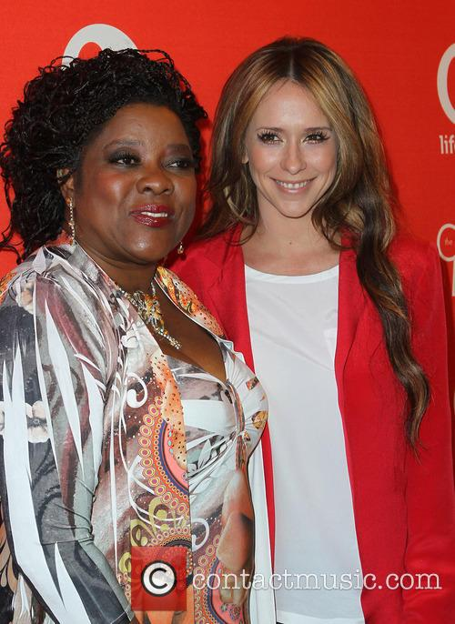 Loretta Devine and Jennifer Love Hewitt 3