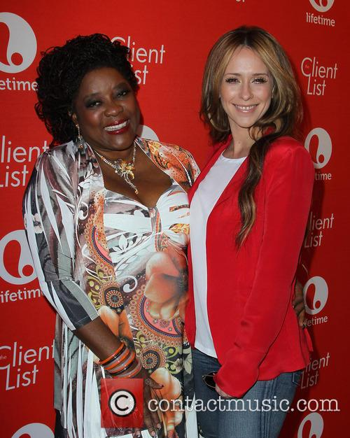 Loretta Devine and Jennifer Love Hewitt 6