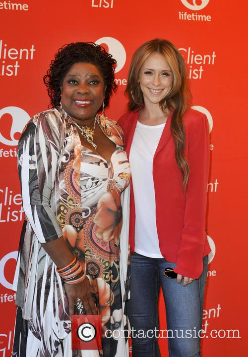 Loretta Devine and Jennifer Love Hewitt 11