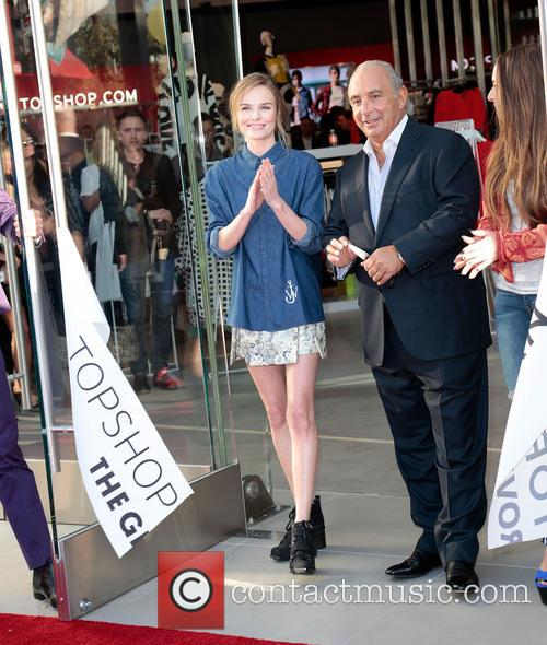 Kate Bosworth, Sir Philip Green and Chloe Green 11
