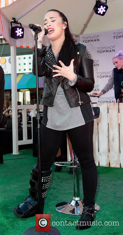 Demi Lovato 34