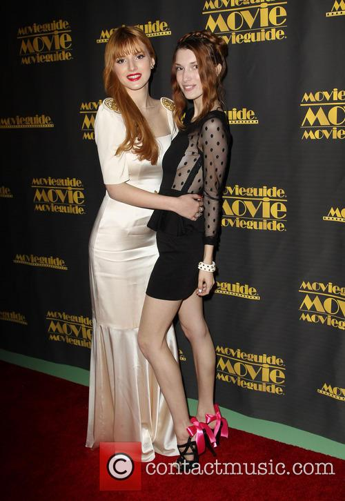 Bella Thorne and Dani Thorne 9