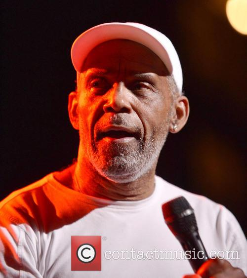 Maze Featuring Frankie Beverly 2