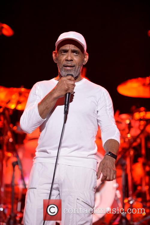 Maze Featuring Frankie Beverly 3
