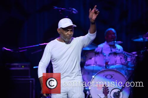Maze Featuring Frankie Beverly 4
