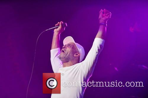 Maze Featuring Frankie Beverly 11