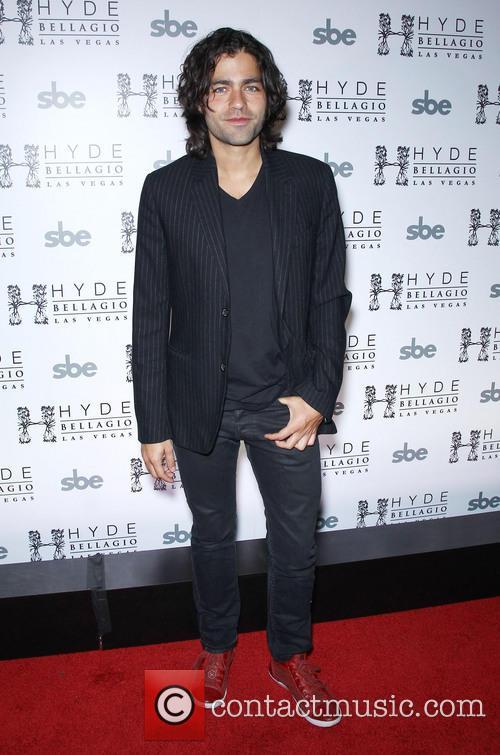 Adrian Grenier and Hyde Nightclub 8