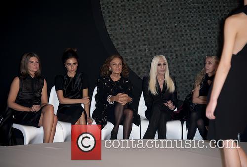 Victoria Beckham, Diane von Furstenberg and Donatella Versace 8
