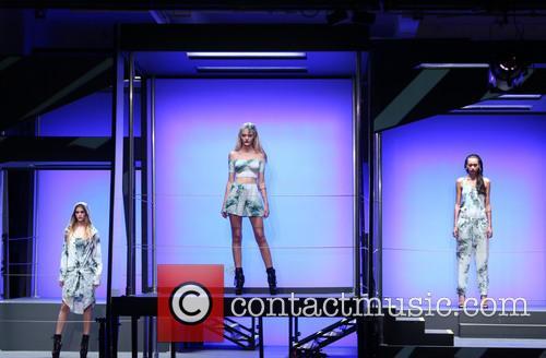 Rihanna and Model 8