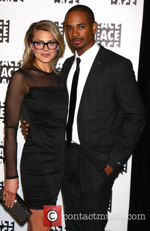 Eliza Coupe and Damon Wayans Jr 7