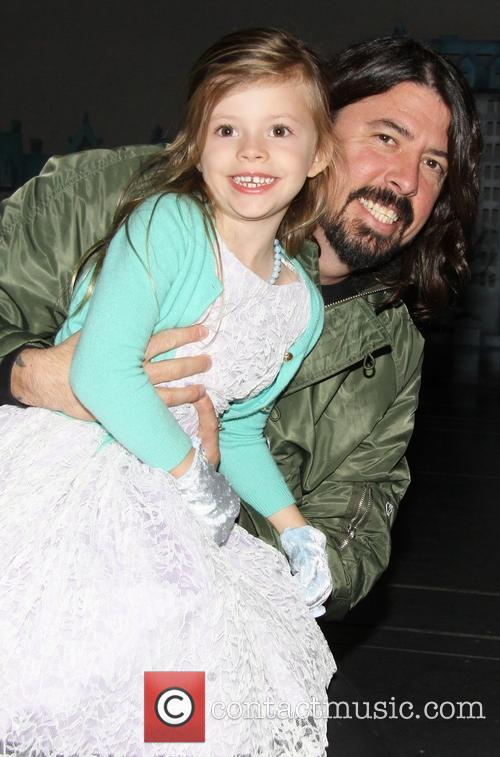Dave Grohl, Harper Grohl and Sunny 1