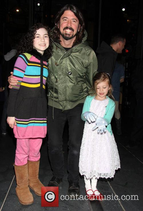 Lilla Crawford, Dave Grohl and Harper Grohl 2