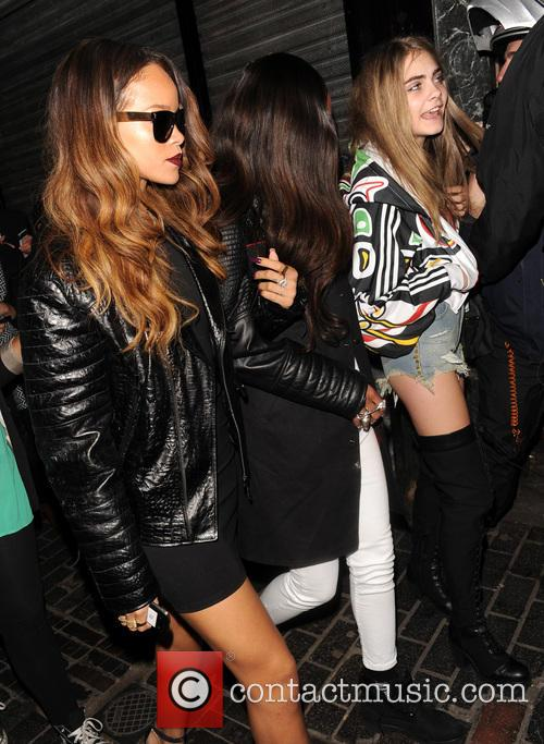Rihanna and Cara Delevingne 4