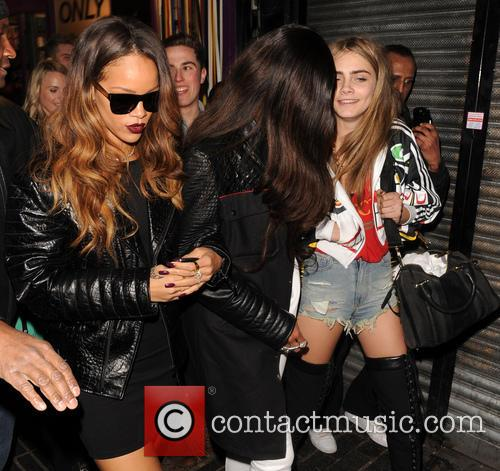 Rihanna and Cara Delevingne 5