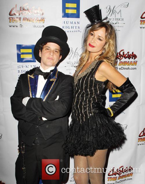 Julie Goldman and Brandy Howard 1