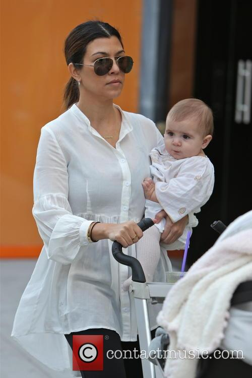 Kourtney Kardashian and Penelope Disick 7
