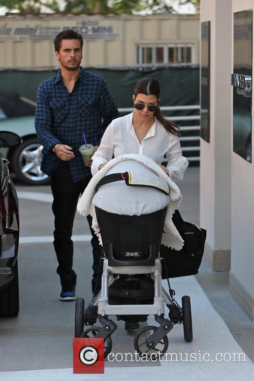 Kourtney Kardashian, Scott Disick and Penelope Disick 6