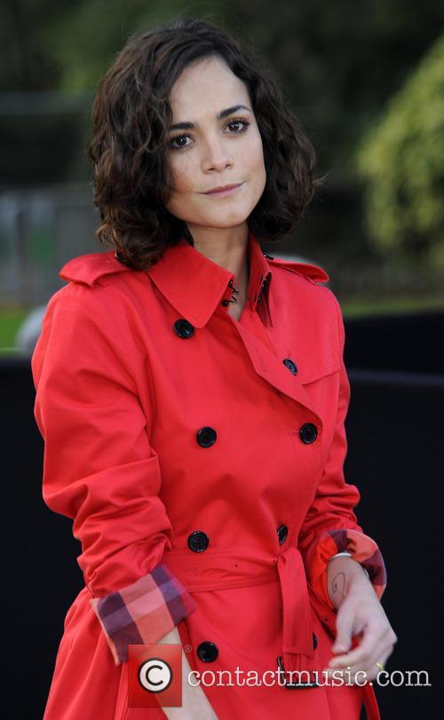 Alice Braga 5