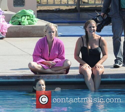 Nicole Eggert, Kendra Wilkinson and Katherine Webb 8