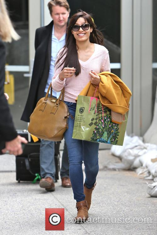 freida pinto freida pinto is seen arriving 3513776