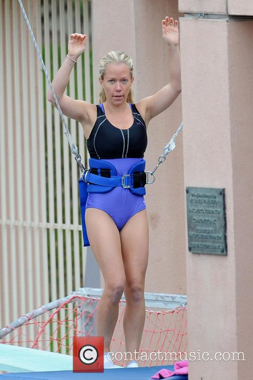 kendra wilkinson celebrities practice their dives for 3513592
